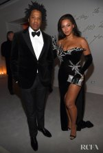 Beyonce-Knowles-Wore-Kujta-Meri-To-Sean-Combs-50th-Birthday-Bash.jpg