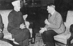 היטלר  מופתי.jpeg